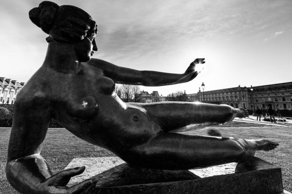 Statue_au_soleil.thumb.jpg.3c8cddd7aeb7b