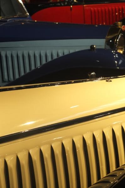 Bugatti.thumb.jpg.3e7342c39d2f077f6d4f97