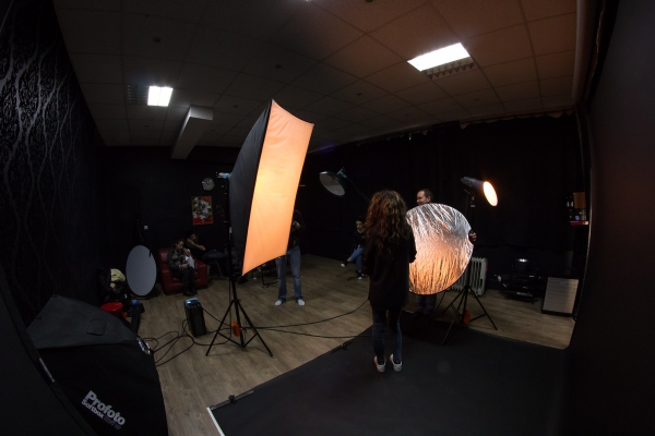 shoootingpub_backstage-4.jpg
