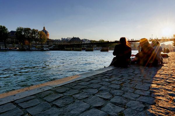 Pont_des_arts-forum.jpg