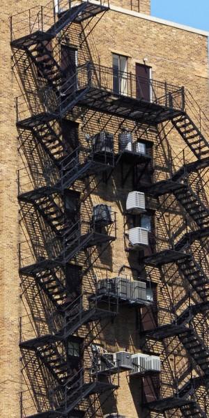Escaliers.thumb.jpg.5a989e4676f46edc32c057a83eb8700c.jpg