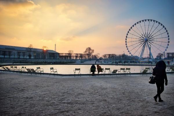 Tuilerie_grande_roue_sundown.thumb.jpeg.85bca091e70d8c721a9e765f588e0dfa.jpeg