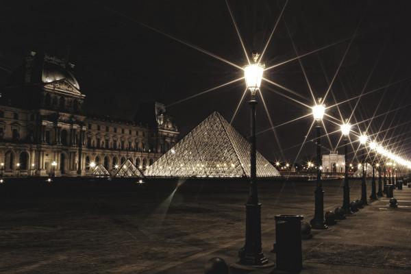 1690415957_Louvre1.thumb.jpg.03ebd796a8fc8998b3b963f18ea66f2e.jpg